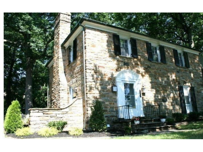 Fully Renovated Gorgeous Stone Colonial Jan 21!